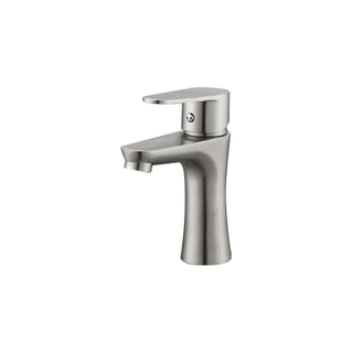 Traditional single lever basin taps for bathroom
