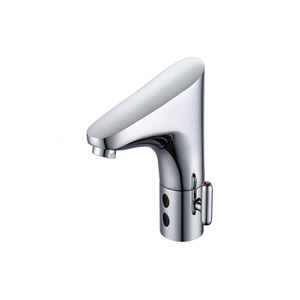 Traditional Single Hole Chrome Sensor Faucet For Bathroom